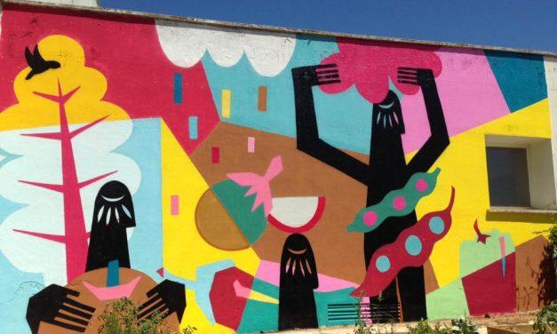 Mural colaborativo durante el campamento´17. Badajoz