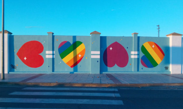Muro colaborativo para LGTBI Cáceres